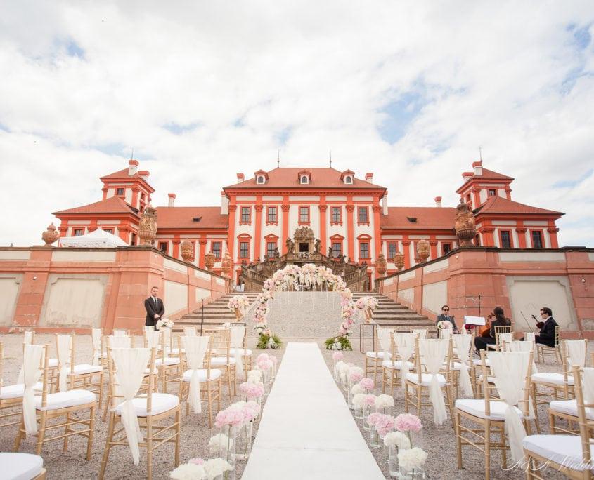 Wedding in Troja Chateau Prague