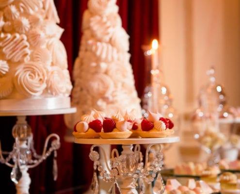 Exclusive wedding in Prague - candy bar